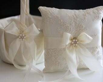 Ivory Ring Pillow / Ivory Flower Girl Basket / Lace Bearer Pillow / Ivory Lace Bearer / Beige wedding basket Lace wedding pillow basket set