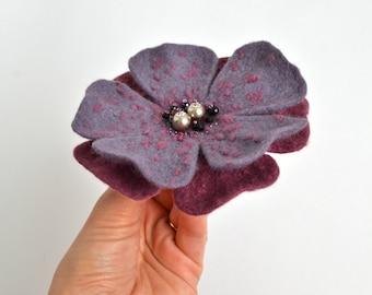 Felt brooch flower pink grey Felt flower brooch grey Wool jewelry Pink flower brooch Felt flower pin Pink and grey wool brooch Birthday Gift