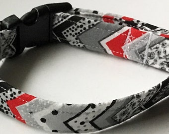 Red and Black Chevron Collar