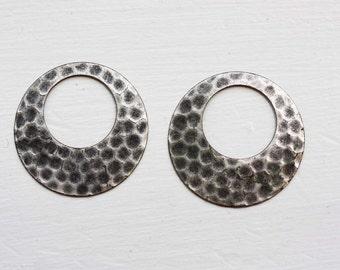 Hammered Silver Circles (2x)
