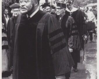 1982 Vintage Press photograph James Earl Jones & Benny Goodman - New Haven - Honorary Degrees
