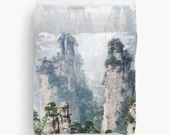 Duvet cover with floating mountains in fog, landscape scenery of Zhangjiajie National Forest Park, Zhangjiajie, China Avatar