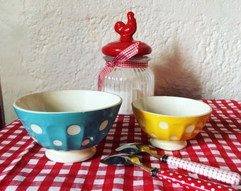 Yellow polka dot 20/30 cafe au lait bowls. French manufacturing Sarreguemines. french vintage.