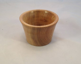 Small dish, Small wooden bowl, ring bowl, ring dish, finger bowl, Scottish elm bowl, wooden, handmade, unique, natural, jewelry (192)