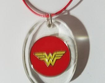 resin necklace wonder woman batman superman flash superhero fun unique