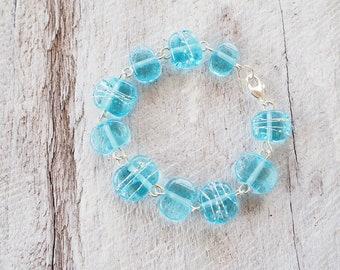 Blue bracelet. Gin lovers. Beaded bracelet. Glass bracelet. Upcycled. Recycled. Blue glass bracelet. Handmade jewelry. Gift for girlfriend