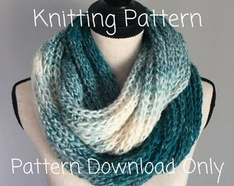 Knitting Pattern. The Wavy Infinity Scarf.