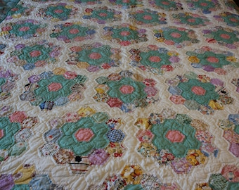 Grandmothers Flower Garden  Quilt Hand Pieced and Hand Quilted 90 x 70 Quality Craftsmanship 89 whole Hexigon Flowers