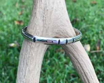 Beautiful Southwestern style sterling silver cuff bracelet size medium/large
