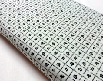 Northcott Little Darlings 2319-10 Ro Gregg Quilting and Sewing Cottons Black and White