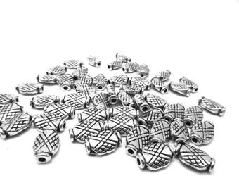 16 beads ethnic silver metal stamped 1.2 cm