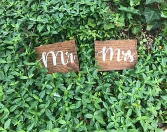 Mr & Mrs Wooden Signs, Wedding Signs, Bride and Groom Sign, Title Sign