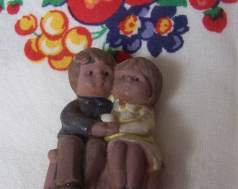 wee tiny couple figurine