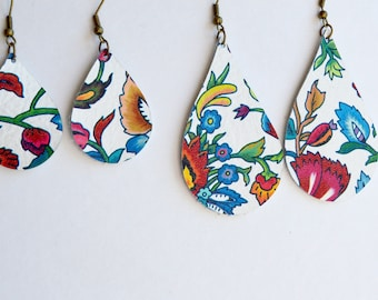 Bright White Floral Leather Teardrops //  Leather Earrings // Floral Statement Earrings