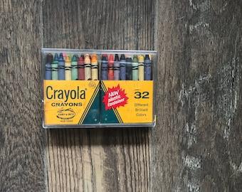 Vintage Crayola Crayons in Plastic Case