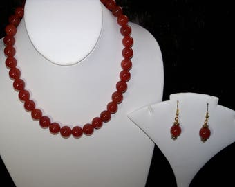 A Lovely Red Carnelian Necklace and Earrings. (2017189)
