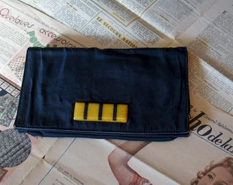 Black clutch bag 1940's