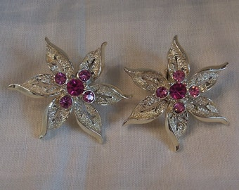 Sarah Coventry Fashion Flower Clip Earrings 7721   Vintage, Golden, Pink