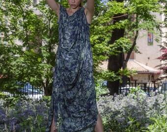 Leaf Print Maxi Dress, Blue and Green Women's Maxi Dress, Loose Fit, Viscose Print Dress
