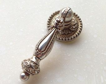 Pendant drawer pulls etsy drop dresser knobs pulls handles drawer pulls handles kitchen cabinet knob pull pendant pull antique silver aloadofball Gallery