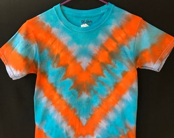 Youth small tie dye shirt, kids tie dye, unisex kids clothing, unique boys tie dye, v-pattern tie dye, hippie kids clothes, orange and blue