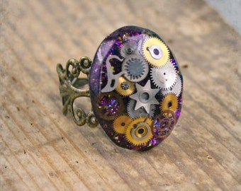 Steampunk Resin Ring with Vintage  Watch Parts . Steampunk jewelry , Watch Parts Resin Steampunk Ring , Clockwork Watch Parts Resin Ring