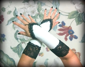 White Fingerless gloves with lace