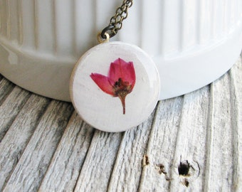 Pink Pressed Flower Necklace, Boronia Flower Necklace, Wood Pendant Necklace, Floral Necklace, Nature Gift, Botanical Necklace