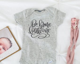 Be Brave, Little One // Newborn Bodysuit, Baby Outfit, Welcome Baby, Baby Shower, Expectant Mother, Pregnancy, Motherhood, Boho