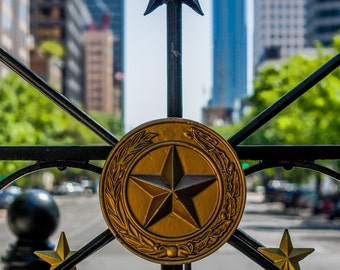 Congress Ave. in Austin, TX Photo (as seen through capitol gate)