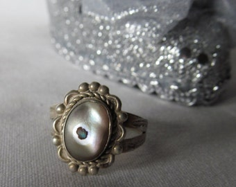 Evil Eye Ring Sterling Silver Ring Abalone Ring  60s Sterling Makers Mark Feather Stamp Boho Gypsy ring Festival rings Bohemian Rings sz 6