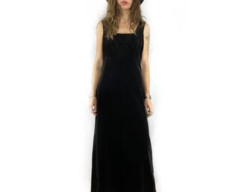 Vintage 60s 70s black velveteen maxi dress gown by Nancy B // size 9