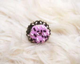 Doughnut Ring Miniature Doughnut (donut ring pink doughnut  food miniature polymer clay jewelry funny jewelry bronze ring kawaii jewelry )