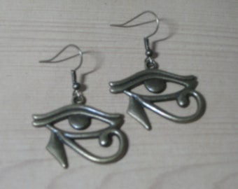 Eye of Horus (Ra) Wadjet Egyptian Fish Hook Earrings Antique Bronze Color
