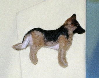 Custom Dog Pin / Needle Felted Miniature Portrait of Your Pet / Personalized just for You