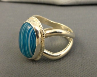 Blue Banded Agate Cabochon Sterling Silver Ring