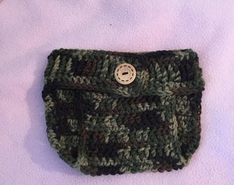Camoflauge crocheted diaper cover.  Fits size 0-3 months.