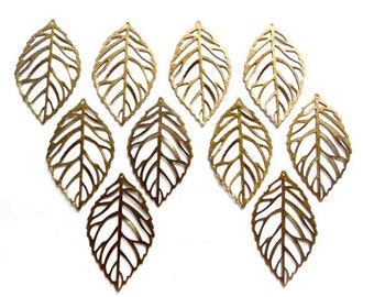 10 Antique Bronze Leaf Charms - 6-20