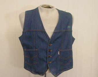Vintage vest, Levis denim, Levis vest, Levis produce, hippy vest, vintage denim vintage clothing, large