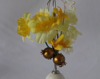 Kitchen or Dining Easter Decor Handcraft Decorated Egg-Mixer
