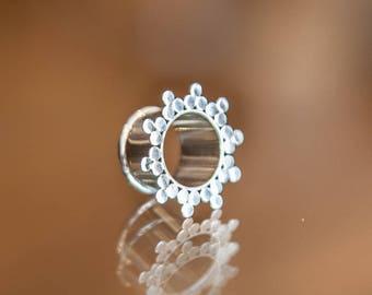 Silver Ear Plug, Silver Flesh Tunnel, Ear Tunnels, Ear Gauge, Eyelets, Silver ear tunnels, Tapers, Gauge tunnels,Tribal gauge earring