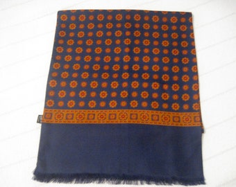 Beautiful Vintage Classic Italian Silk Scarf