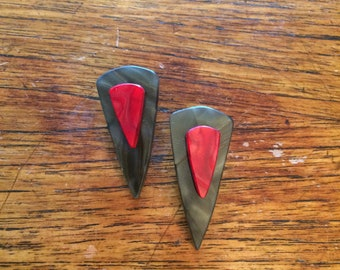 Arrow Earrings Black