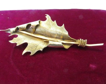 Vintage Brooch,  Giovann Brooch,  Curled Leaf, Brass, Rope, Collectible Jewelry