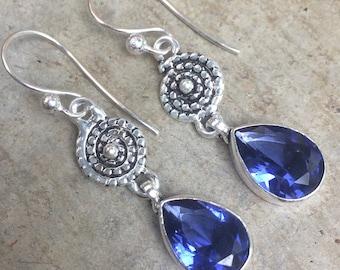 Earrings vintage silver and lavender blue tanzanite. Bohemian dangle earrings. Tanzanite and silver dangle earrings