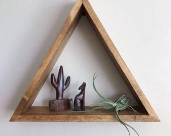 Wood Triangle Pyramid Shelf