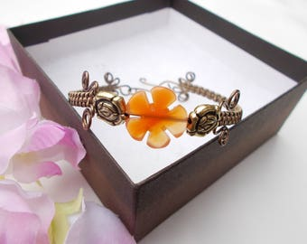 Wire wrapped bracelet , wire wrapped jewelry , agate bracelet , flower jewelry , wire jewelry , agate jewelry , wire bracelet , gift for her