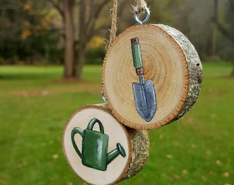 Gardener, Wood Slice, Christmas Ornament, Rustic Ornament, Gardener Gift, Vegetable Garden, Flower Garden