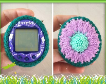 Tamagotchi Crochet Case «Flower»