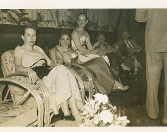 vintage photo 1948 LAdies Night Out Nightclub Women